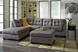 Benchcraft Sectional Reviews