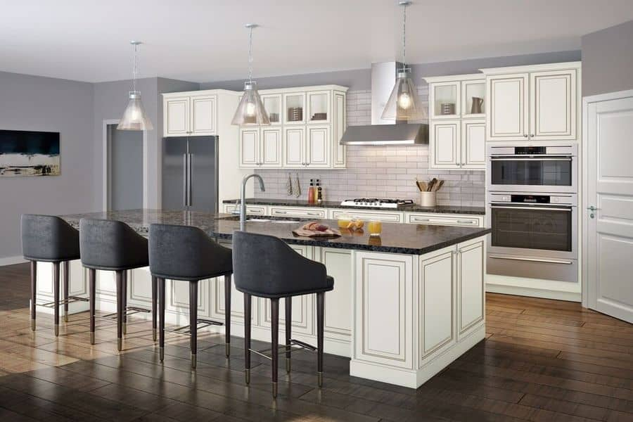 Kitchen furnished with Kraftmaid Cabinet
